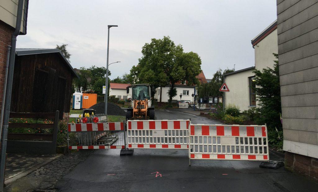 Sindersfelder Straße an der Halle ist gesperrt